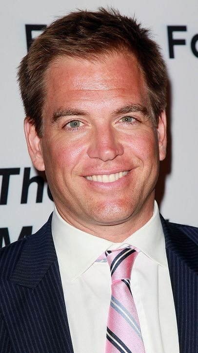 michael-weatherly-11-09-10-rosa-krawatte-getty-AFP - Bildquelle: getty-AFP