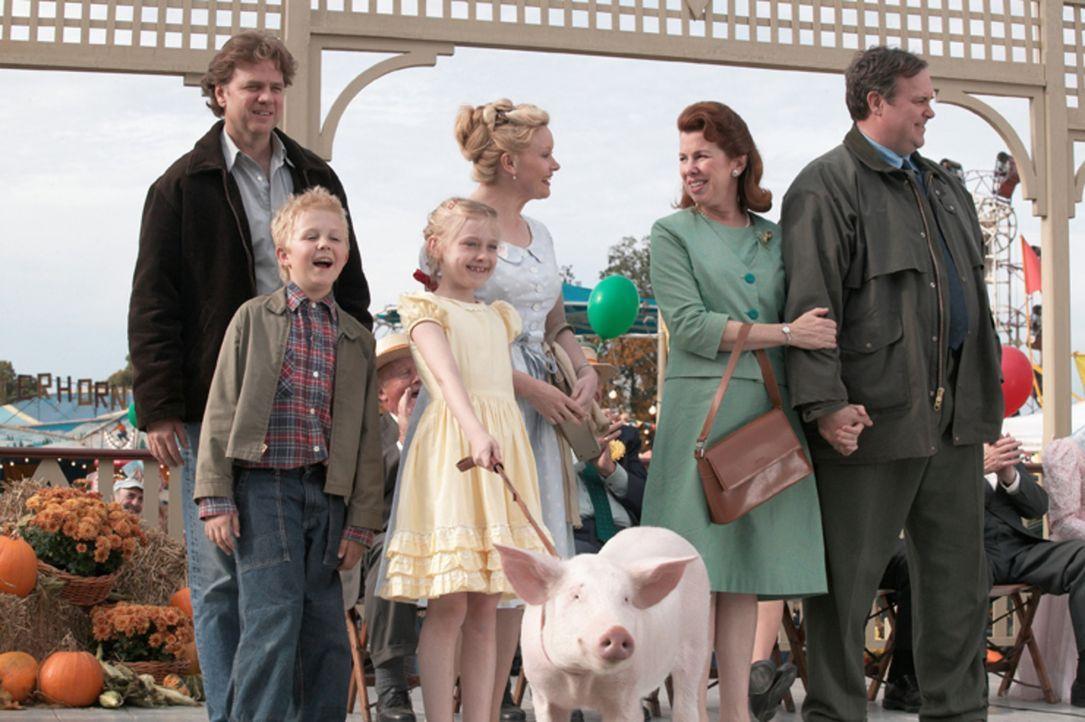 Ob Wilbur auf der Tierschau einen Preis gewinnen wird? Jedenfalls drücken ihm die Zuckermanns und Ferns Familie fest die Daumen (v.l.n.r.: Kevin An... - Bildquelle: CBS International Television (ehem: Paramount Pictures International)
