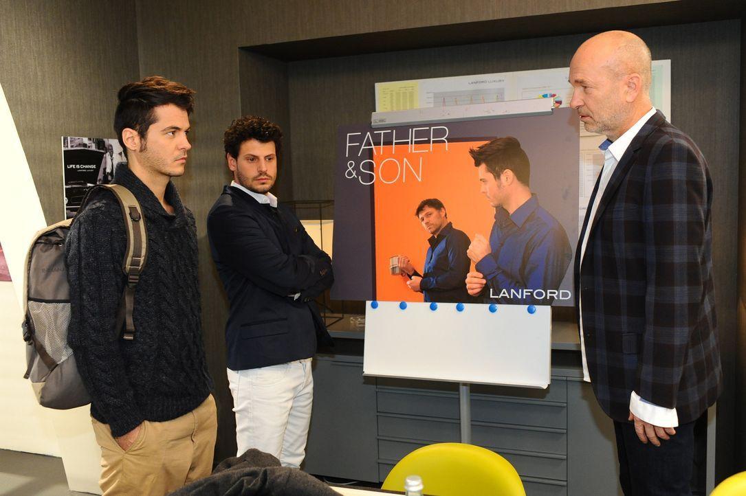 Das Shooting war ein voller Erfolg: Maik (Sebastian König, l.), Luca (Manuel Cortez, M.) und Bruno (K. Dieter Klebsch, r.) ... - Bildquelle: SAT.1