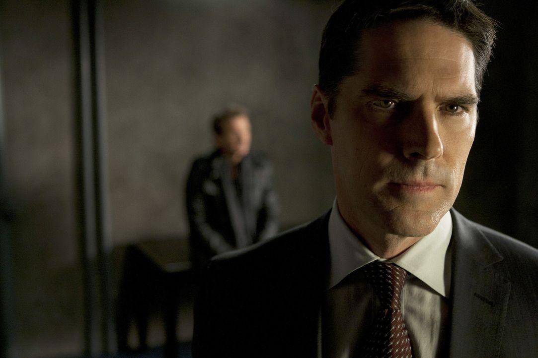 Gemeinsam mit seinem Team, versucht Hotch (Thomas Gibson) alles, um Prentiss zu retten ... - Bildquelle: ABC Studios