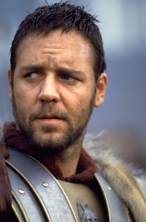"""Der beliebte General Maximus (Russell Crowe) wird vom alternden Kaiser Marcus Aurelius zu seinem Nachfolger auserkoren. Doch bevor es zur """"Krönung""""... - Bildquelle: Universal Pictures"""