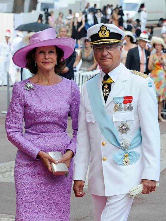 Silvia-Carl-Gustaf-von-Schweden-11-07-02-AFP - Bildquelle: AFP
