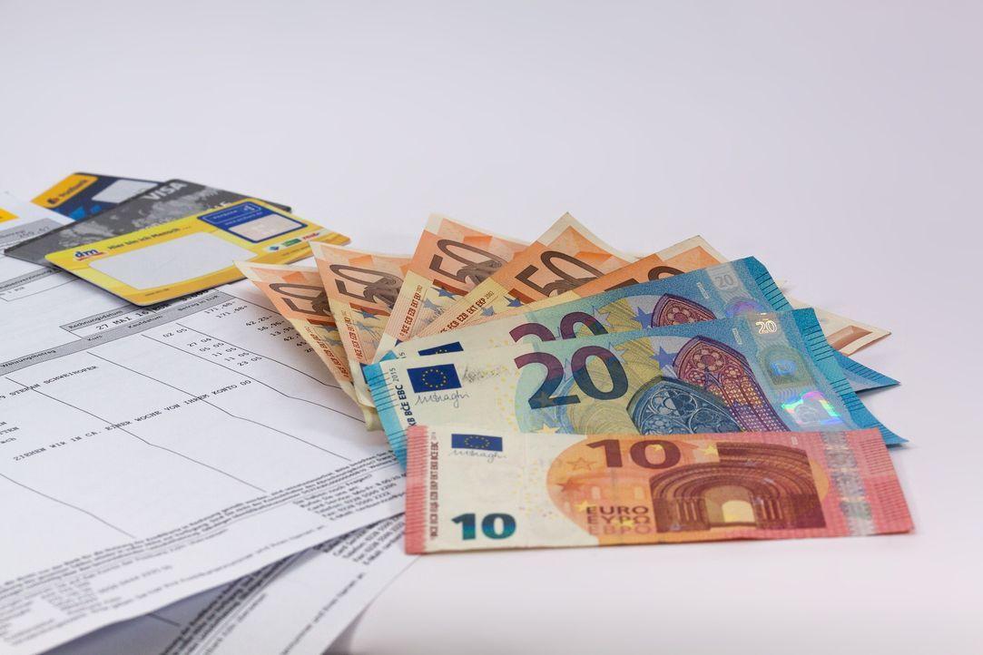 money-1439125_1920