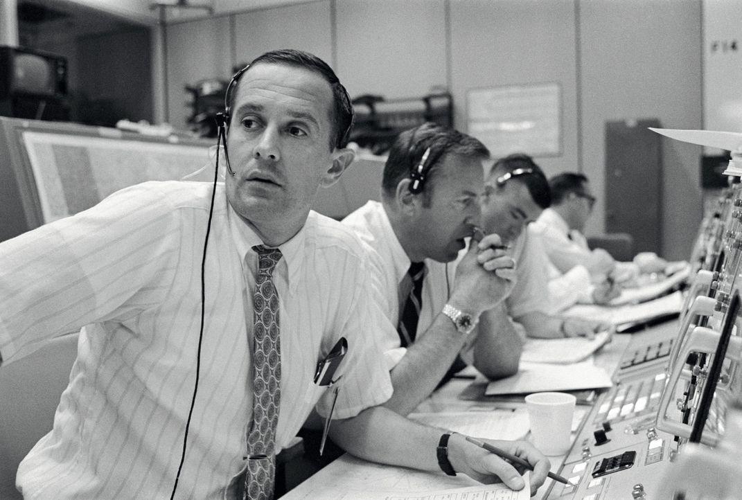 Vor 50 Jahren blicken 500 Millionen Menschen auf der ganzen Welt zum Mond. E... - Bildquelle: Spiegel TV
