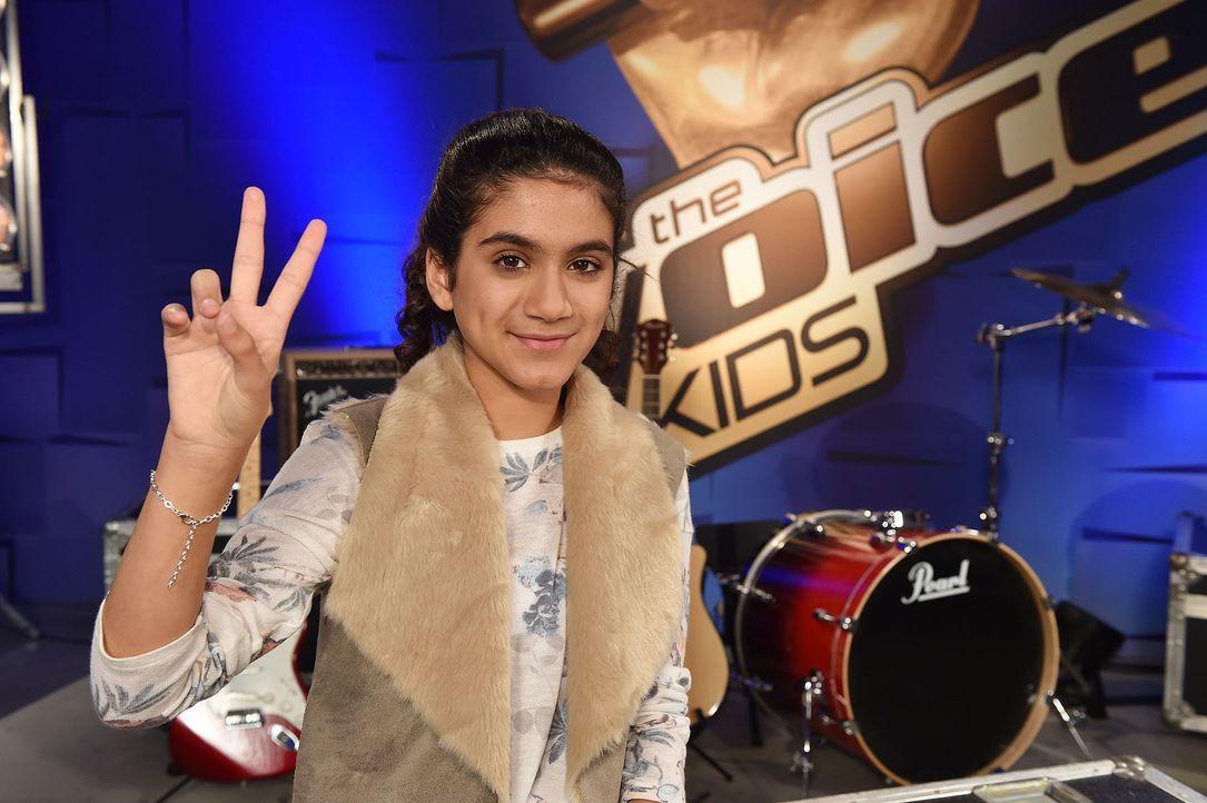 The-Voice-Kids-Stf04-Epi03-Elmira-03-SAT1-Andre-Kowalski - Bildquelle: SAT.1/ André Kowalski