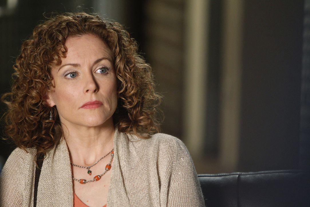 Nutzt ihr Insiderwissen über den Fall für ihre eigenen Zwecke aus: Kristina Frye (Leslie Hope) ... - Bildquelle: Warner Brothers
