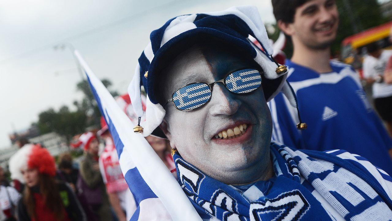 griechenland-fan-12-06-08-AFP.jpg - Bildquelle: AFP