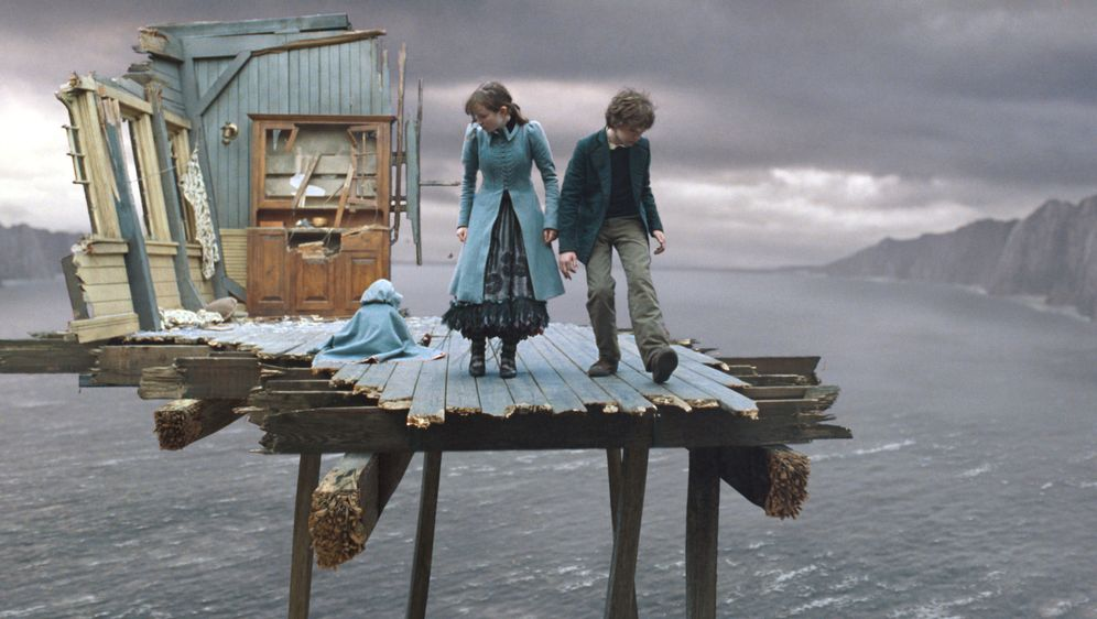Lemony Snicket - Rätselhafte Ereignisse - Bildquelle: Copyright   2004 by  DREAMWORKS LLC  and PARAMOUNT PICTURES CORPORATION.  All Rights Reserved.