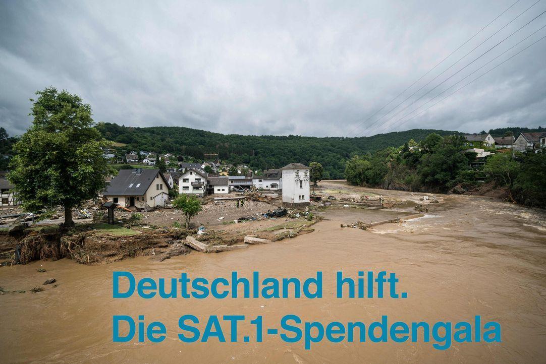 Deutschland hilft. Die SAT.1-Spendengala - Artwork - Bildquelle: SAT.1/Getty Images/AFP/Bernd Lauter