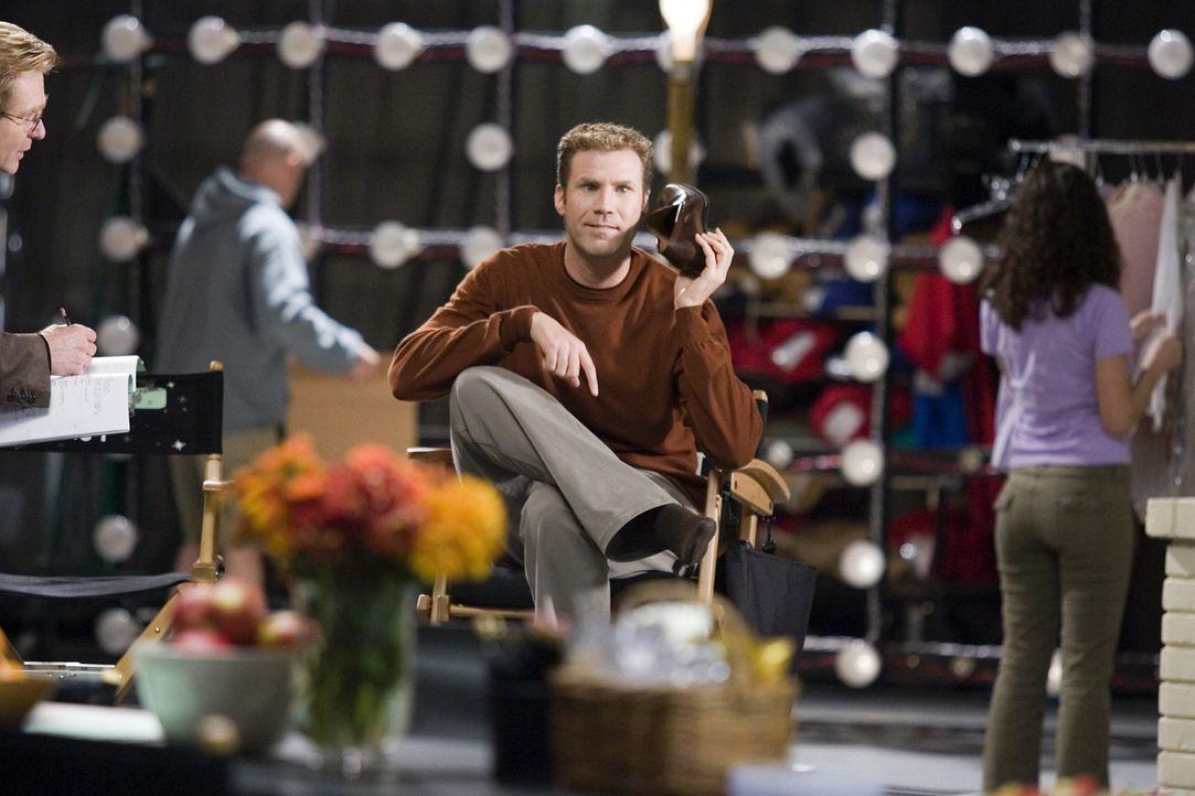 Jack Wyatt (Will Ferrell, M.) glaubt, dass die hinreißende Isabel Bigelow wie geschaffen für die weibliche Partnerin im Remake der legendären Fer... - Bildquelle: 2005 Columbia Pictures Industries, Inc. All Rights Reserved.