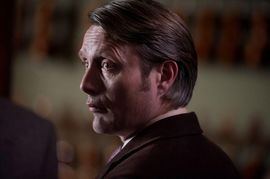 Dr. Hannibal Lecter (Mads Mikkelsen) glaubt, eine verwandte Seele gefunden zu haben ... - Bildquelle: Brooke Palmer 2013 NBCUniversal Media, LLC