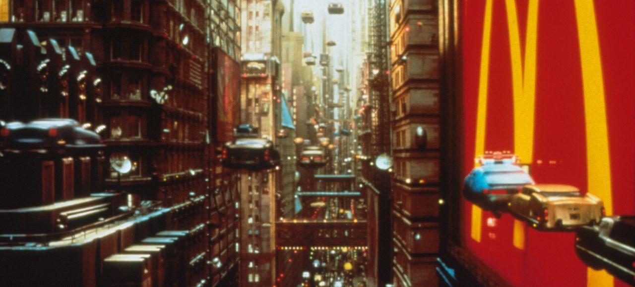 New York, 2259: Die Erde steuert auf eine Katastrophe zu ... - Bildquelle: Tobis Filmkunst