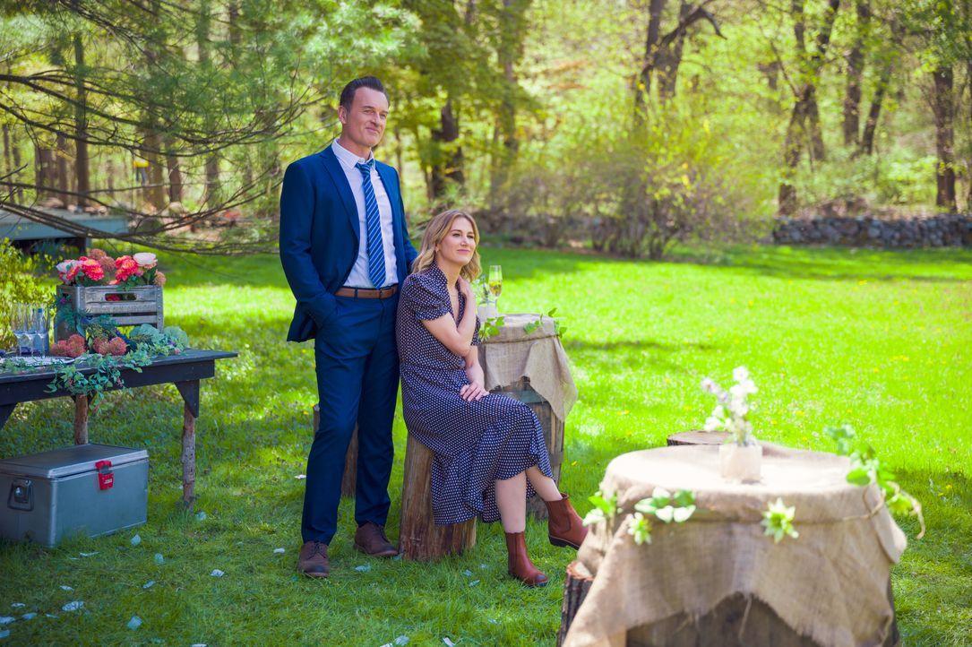 Jess LaCroix (Julian McMahon, l.); Sarah Allen (Jen Landon, r.) - Bildquelle: Mark Schafer 2020 CBS Broadcasting Inc. All Rights Reserved. / Mark Schafer