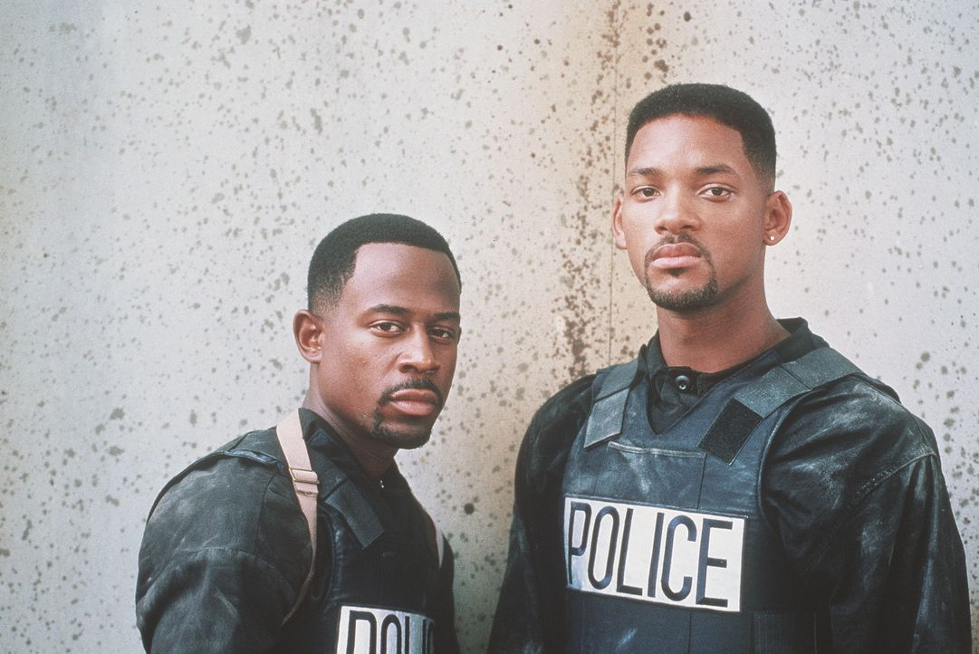 Harte Jungs: Burnett (Martin Lawrence, l.) und sein Partner Lowrey (Will Smith, r.) vom Miami Police Department ... - Bildquelle: 1995 Columbia Pictures Industries, Inc. All Rights Reserved.