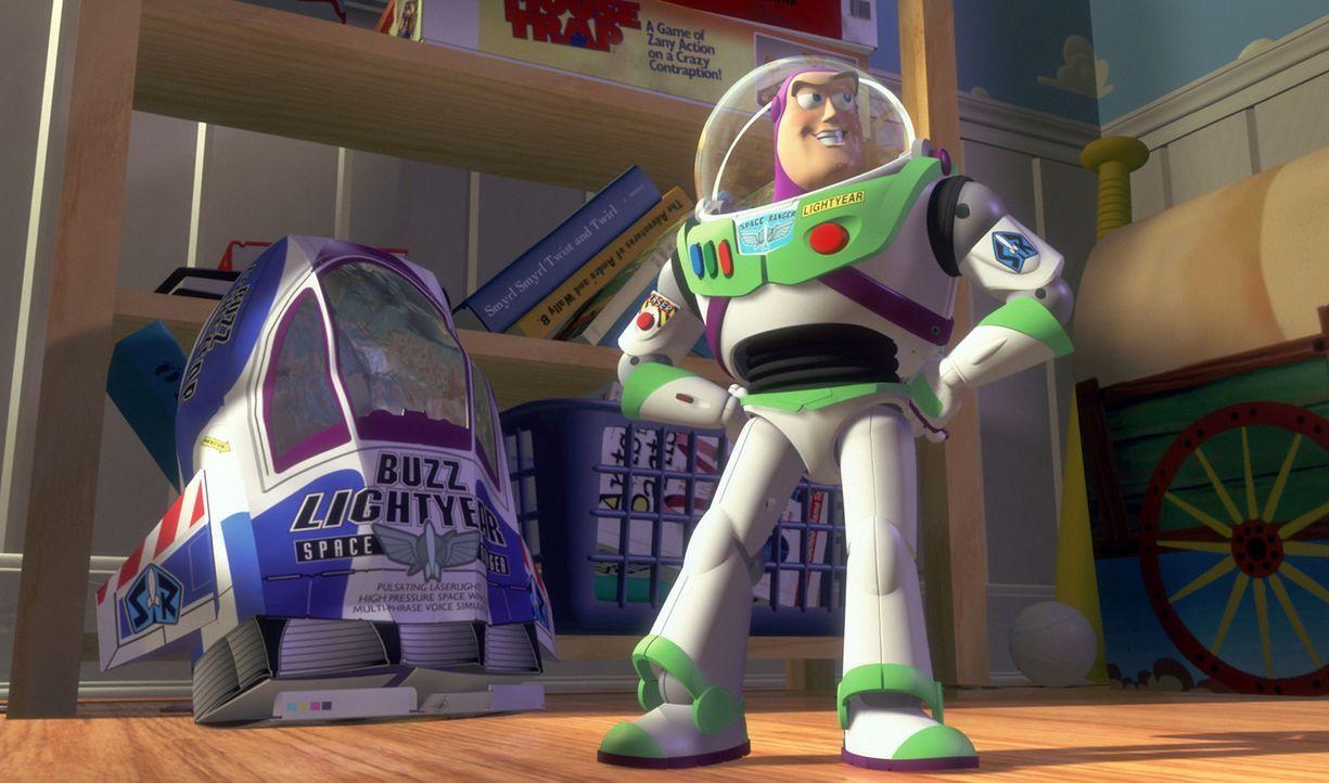 Space Ranger Buzz Lightyear hat einen entscheidenden Fehler -- er glaubt, er sei der wirkliche Buzz Lightyear und nicht ein Spielzeug ... - Bildquelle: Disney/PIXAR