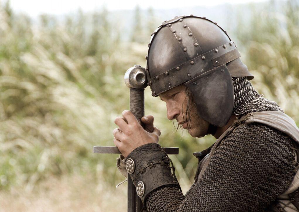 Versucht alles, um die entführte Prinzessin Herzelinde aus den Fängen des Schwarzen Ritters zu befreien: Ritter Lanze (Til Schweiger) ... - Bildquelle: Warner Brothers