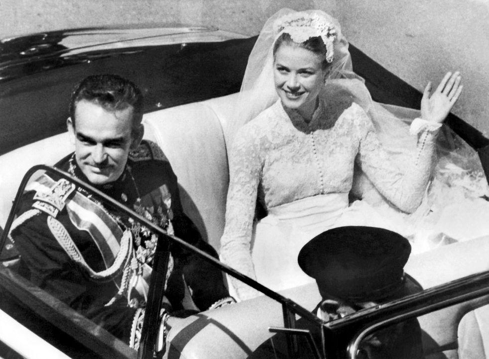 Hochzeit-Fuerst-Rainier-III-von-Monaco-Grace-Kelly-1956-04-19-2-dpa - Bildquelle: dpa