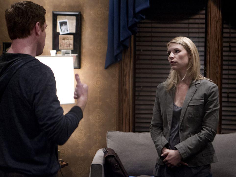 Brody (Damian Lewis, l.) willigt ein, mit Carrie (Claire Danes, r.) und Quinn zu kooperieren, doch seine Loyalität zu den Vereinigten Staaten wird... - Bildquelle: 20th Century Fox International Television