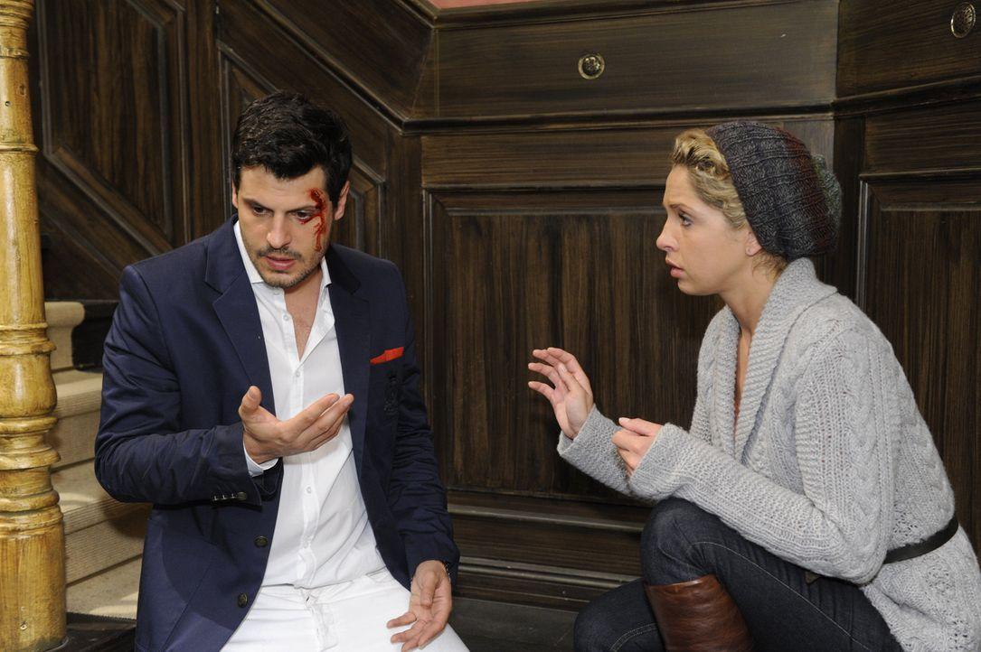 Ninas (Maria Wedig, r.) schlimmster Albtraum ist wahr geworden: im Affekt hat sie Luca (Manuel Cortez, l.) verletzt und damit unfreiwillig befeuert,... - Bildquelle: SAT.1