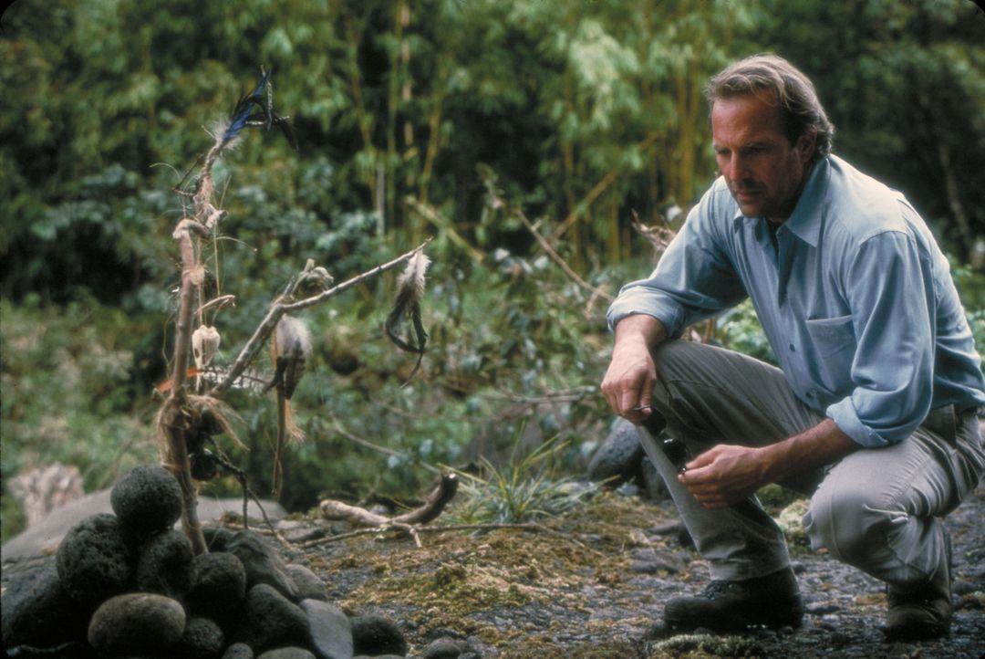Nach dem Tod seiner Frau Emily erhält Joe Darrow (Kevin Costner) Zeichen, die darauf hindeuten, dass die Verstorbene aus dem Jenseits Kontakt zu ihm... - Bildquelle: Spyglass Entertainment