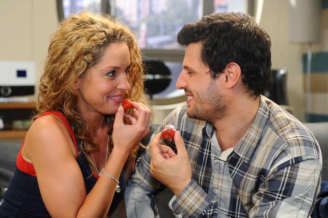 Nichts scheint ihrer Liebe mehr im Weg zu stehen, doch dann macht Nina (Maria Wedig, l.) Luca (Manuel Cortez, r.) ein Geständnis, mit dem er nie un... - Bildquelle: SAT.1