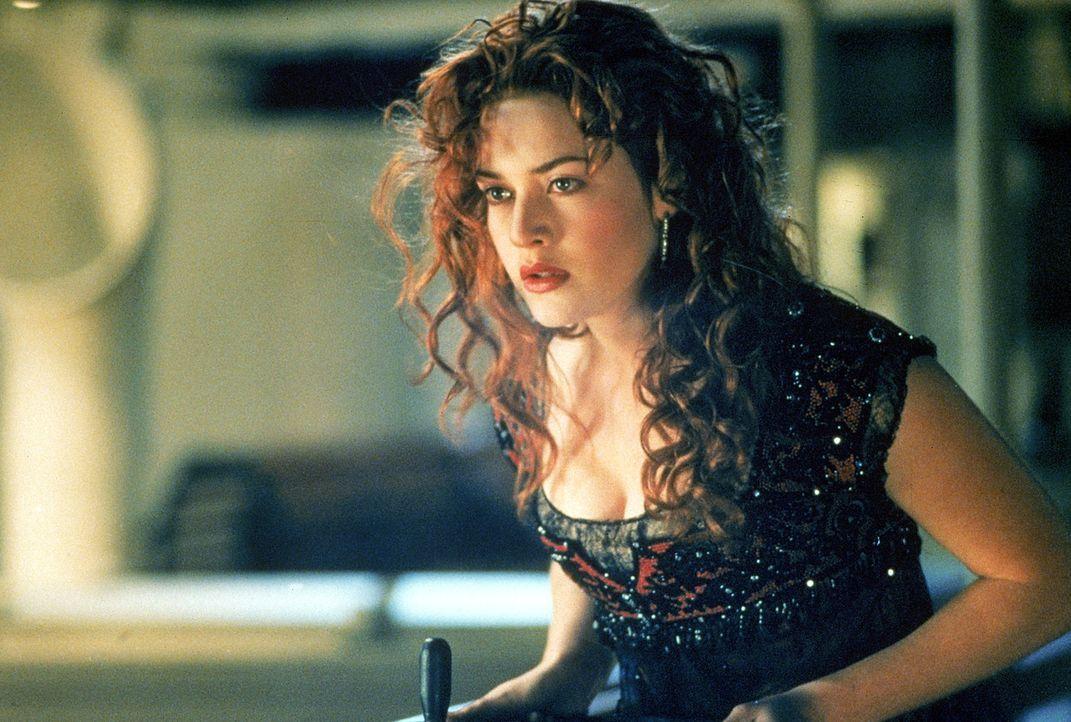 Weil sie sich total unglücklich fühlt, will sich die 17-jährige Rose DeWitt Bukater (Kate Winslet) auf der Jungfernfahrt der Titanic umbringen. D... - Bildquelle: 20th Century Fox