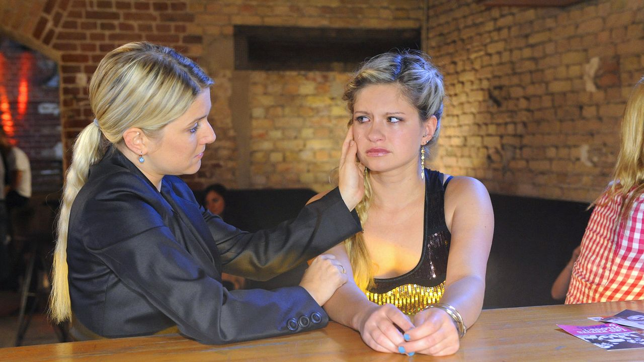 Anna-und-die-Liebe-Folge-329-06-Sat1-Claudius-Pflug - Bildquelle: SAT.1/Claudius Pflug