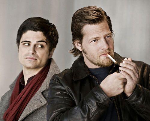 Mit seinem rauchenden, Sprüche klopfenden Partner Mick (Henning Baum) hat Andreas (Maximilian Grill) so seine Schwierigkeiten... - Bildquelle: Martin Rottenkolber - Sat1