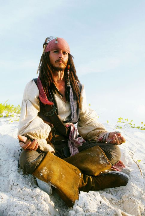 Captain Jack Sparrow (Johnny Depp) steckt natürlich schon wieder bis zum Hals in Problemen, die schier unlösbar sind ... - Bildquelle: Disney Enterprises, Inc.  All rights reserved