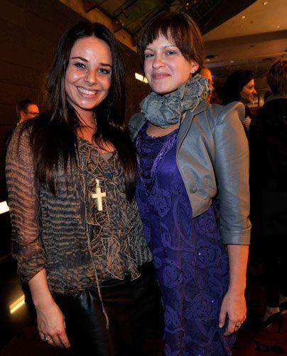 """Stars aus """"Anna und die Liebe"""": Maja Maneiro (l.) und Josephine Schmidt. - Bildquelle: Sat 1 Succo Media Ralf Succo"""