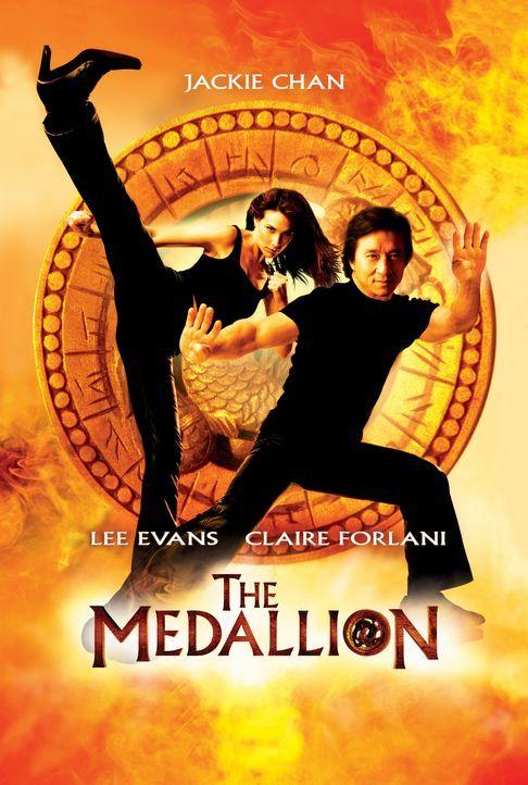 """Eddie Yang (Jackie Chan, r.) und seine Ex-Freundin Nicole James (Claire Forlani, l.) sind hinter dem Bösewicht """"Snakehead"""" her ... - Bildquelle: 2004 Sony Pictures Television International. All Rights Reserved."""
