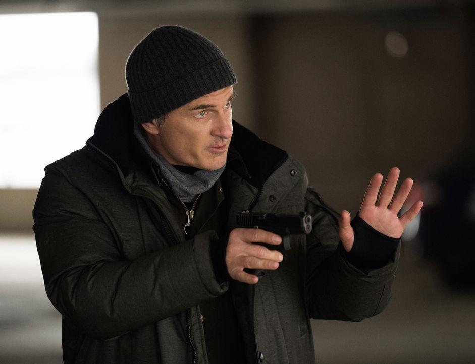 Jess LaCroix (Julian McMahon) - Bildquelle: Mark Schafer 2020 CBS Broadcasting Inc. All Rights Reserved. / Mark Schafer