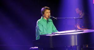 The-Voice-Kids-Stf03-Epi02-Auftritte-Tilman-SAT1-Richard-Huebner