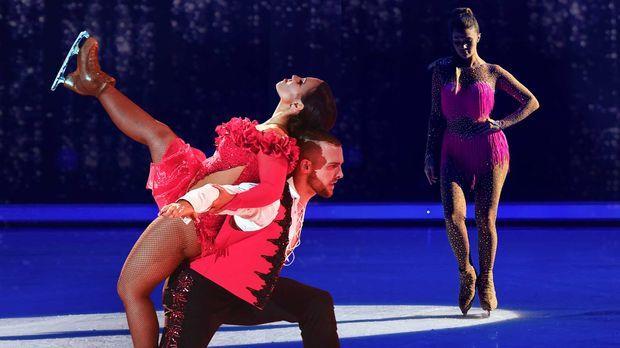 Dancing On Ice - Dancing On Ice - Show 3: Enttäuschende Stürze Und Freudentränen