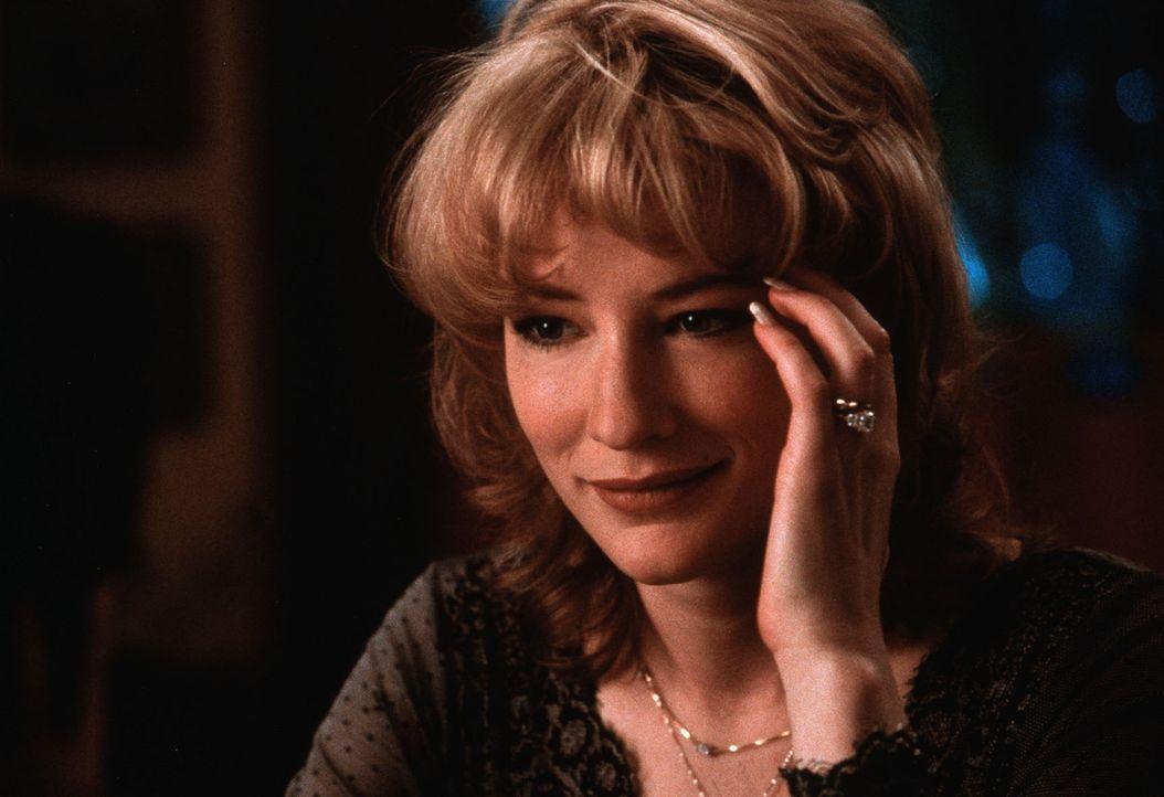 Seit vielen Jahren sind Connie (Cate Blanchett) und Nick ein glückliches Paar. Doch dann verzettelt sich ihr Mann in einen gefährlichen Kleinkrieg .... - Bildquelle: TWENTIETH CENTURY FOX