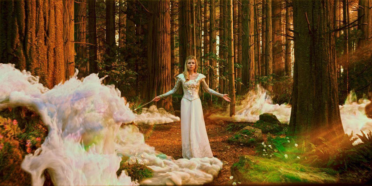 Glinda (Michelle Williams) - Bildquelle: Disney. All rights reserved