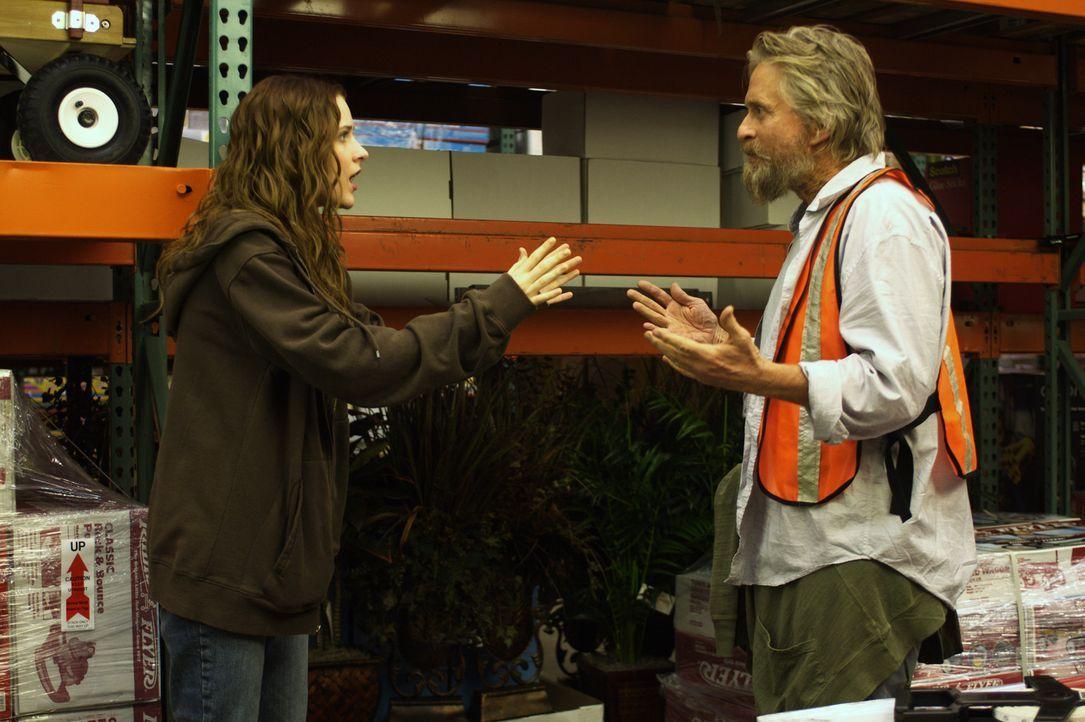 Miranda (Evan Rachel Wood, l.) kann es nicht glauben: Obwohl sich herausgestellt hat, dass sich der vermeintliche Goldschatz unter einem großen Sup... - Bildquelle: Nu Image