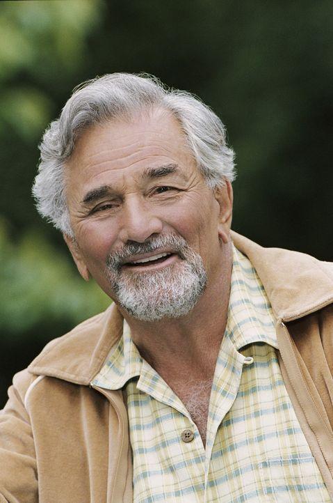 Hat aufgrund seiner Fantasie einen Haufen Probleme mit seinem Sohn: James Morse (Peter Falk) ... - Bildquelle: CBS International Television