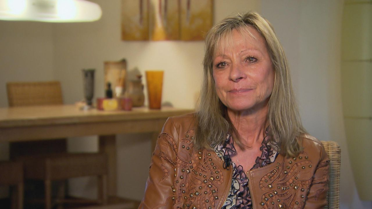 Braucht die Hilfe von Julia Leischik, um ihren Sohn wiederzufinden: Doris ... - Bildquelle: SAT.1