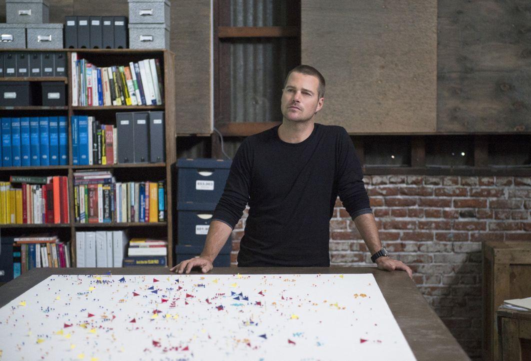 Muss gemeinsam mit seinen Kollegen einen Anschlag auf Los Angeles verhindern: Callen (Chris O'Donnell) ... - Bildquelle: CBS Studios Inc. All Rights Reserved.