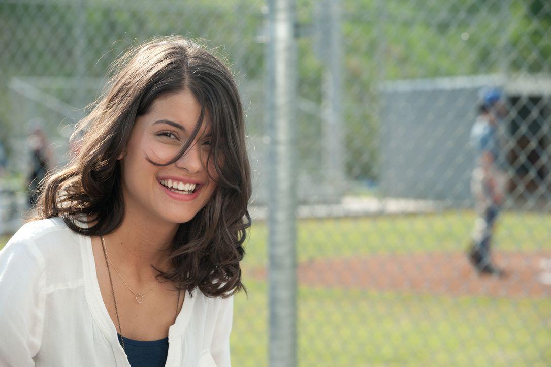Seit ihrer Kindheit ist Jessie (Sofia Black D'Elia) in David verliebt. Doch dieser wagt nicht, seine Gefühle für das Mädchen seiner Träume offenzule... - Bildquelle: 2015 Paramount Pictures. All Rights Reserved.