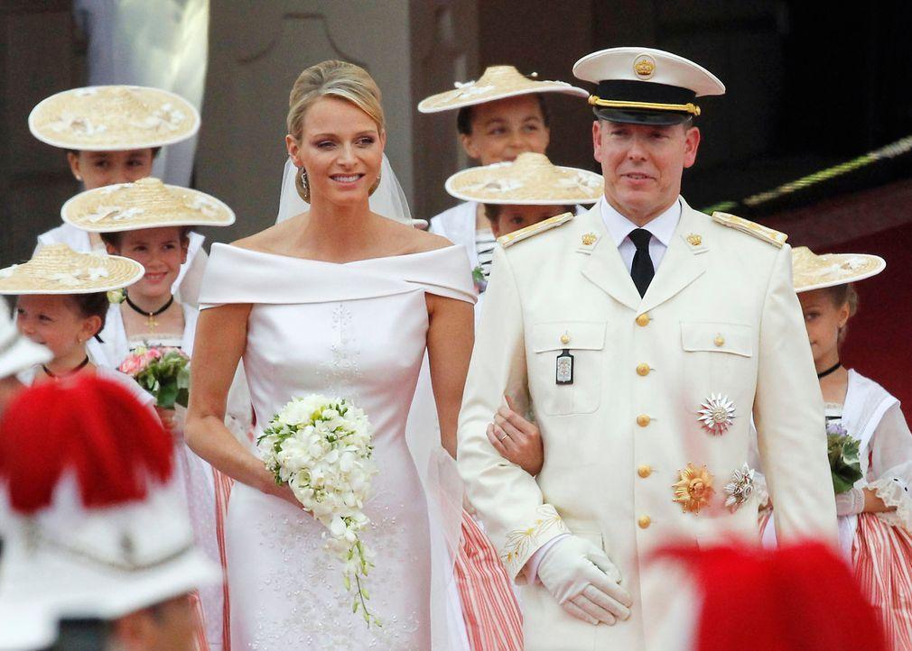 Hochzeit-Prinz-Albert-II-von-Monaco-Prinzessin-Charlene-11-07-02-1-AFP - Bildquelle: AFP