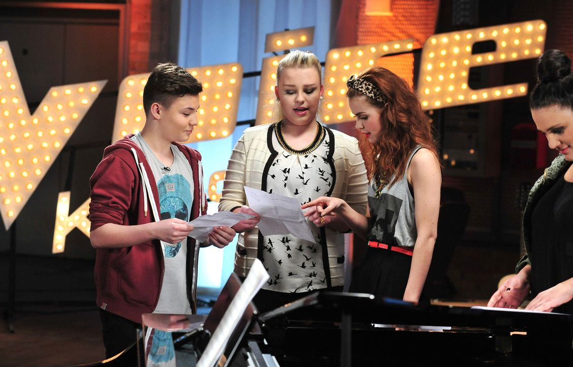 The-Voice-Kids-Stf02-Epi06-Richard-Jasmin-114-SAT1-Andre-Kowalski - Bildquelle: SAT.1/Andre Kowalski