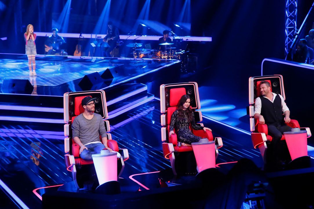 The-Voice-Kids-s04e02-Dana-2-SAT1-Richard-Huebner - Bildquelle: © SAT.1/ Richard Hübner