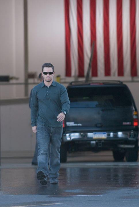 Fest entschlossen, seine Unschuld zu beweisen, begibt sich Scharfschütze Swagger (Mark Wahlberg) auf eine gefährliche Suche nach den wahren Tätern d... - Bildquelle: Copyright   2007 by PARAMOUNT PICTURES. All Rights Reserved.