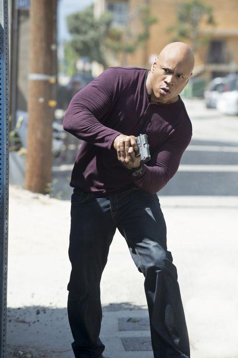 Versucht alles, um Hetty zu beschützen: Sam (LL Cool J) ... - Bildquelle: 2014 CBS Broadcasting, Inc. All Rights Reserved.