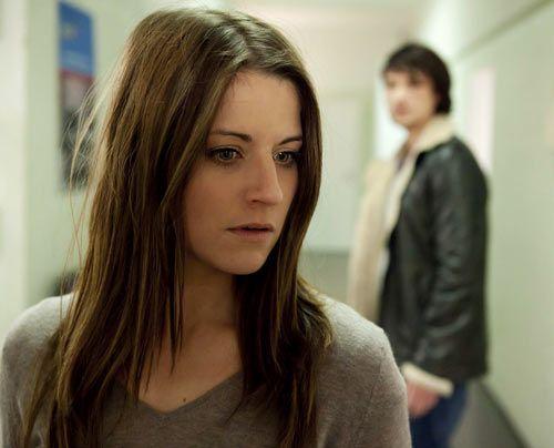 Als Ben erfährt, dass Bea wegen Sophies Aussage im Gefängnis sitzt, geht er zur Polizei und versucht die Beamten davon zu überzeugen, dass Sophie... - Bildquelle: David Saretzki - Sat1