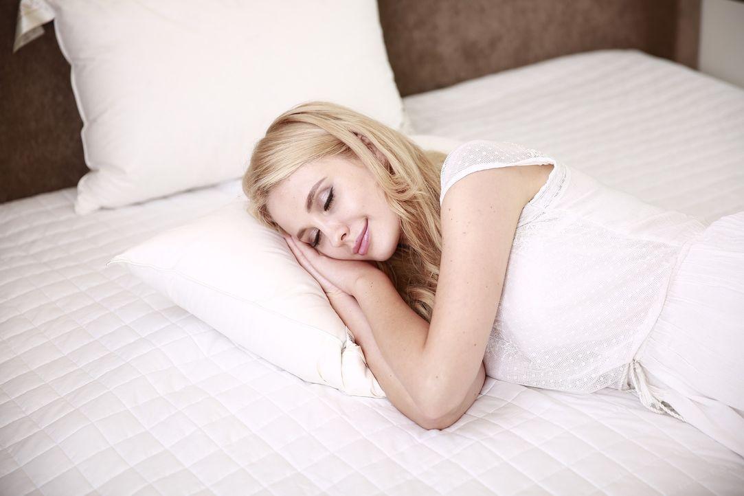 8. Kaum ist es dunkel, schläfst du einDamit istnicht die Zeit des Tage... - Bildquelle: Pixabay