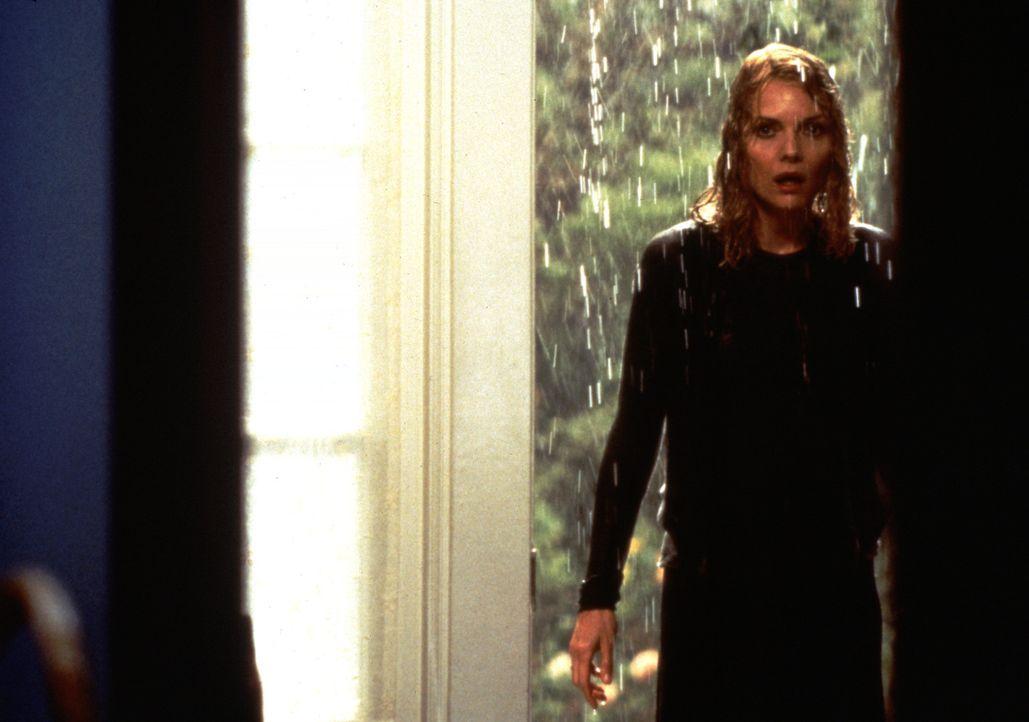 Claire Spencer (Michelle Pfeiffer) beginnt nach dem Auszug ihrer einzigen Tochter Caitlin plötzliche allerlei Geräusche in ihrem Haus zu hören. M... - Bildquelle: 20th Century Fox