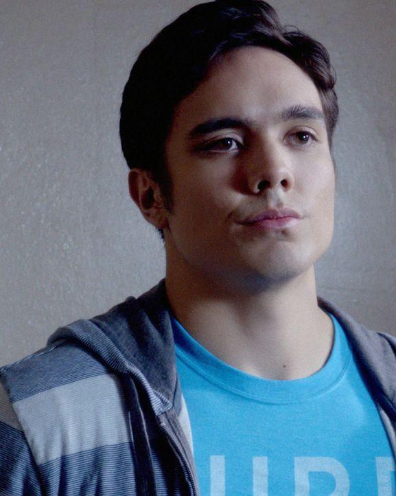 Danny's Neffe Eric (Andrew Lawrence) kommt zu Besuch und Danny muss sich um ihn kümmern. Da Eric auf die schiefe Bahn geraten ist, darf er bei den... - Bildquelle: 2012 CBS Broadcasting, Inc. All Rights Reserved.